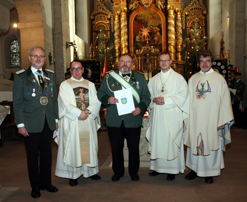 EGS Verdienstkreuz in Silber für Gerd Schlüter - Foto: Johannes Kretzer